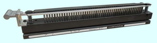 """OD 4012 Werkzeug Plastik Comb US-Teilung 9/16"""", Rechteckloch 3 x 8 mm"""